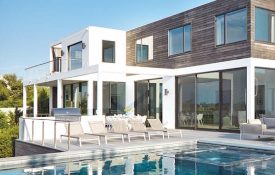 Home Tour: Airy and Inviting In West Hampton