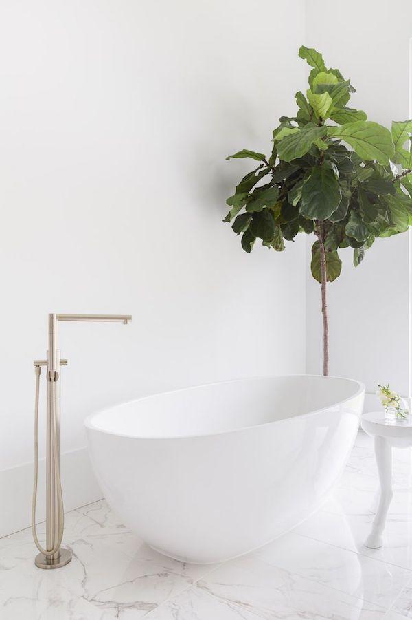 modern minimal bathroom