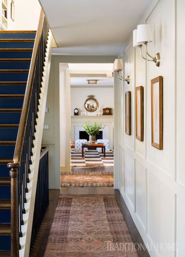 wall sconces in entry hallway