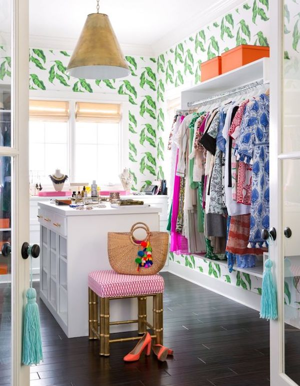 cheerful leaf print wallpaper for the home